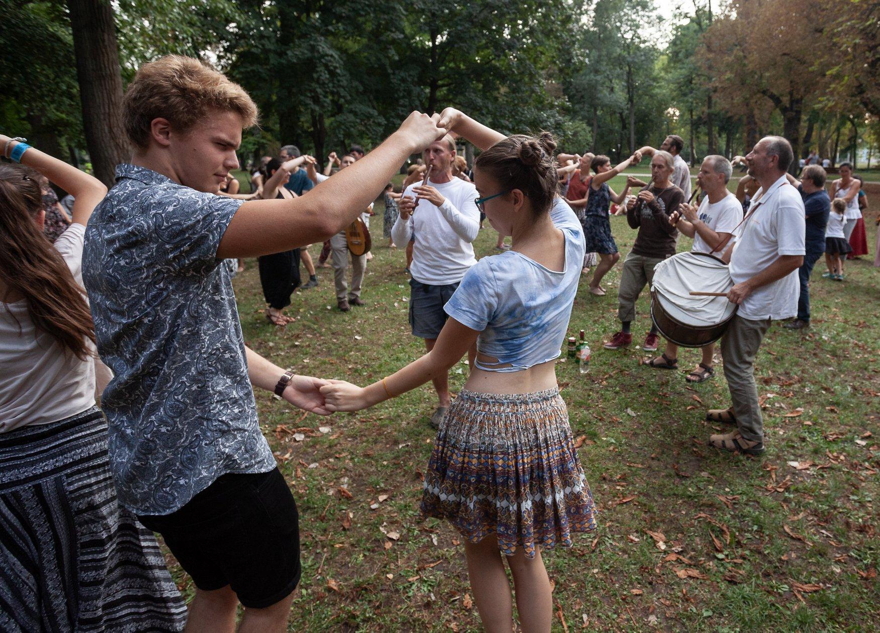 Gyűljünk a rétre! - Moldvai táncház a Margitszigeten (07.11.)