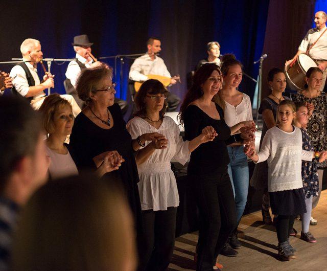 Sültü 20 jubileumi koncert és táncház a moldvai csángó népzenét játszó Sültü Zenekarral